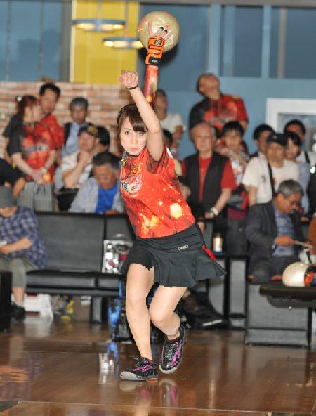業界初!クラウドファンディングでの女子プロボウリングのトーナメントを開催(神戸六甲ボウル)(^^♪